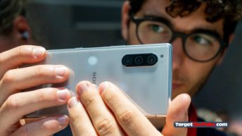 Introducing Sony Xperia 5 - a true compact flagship